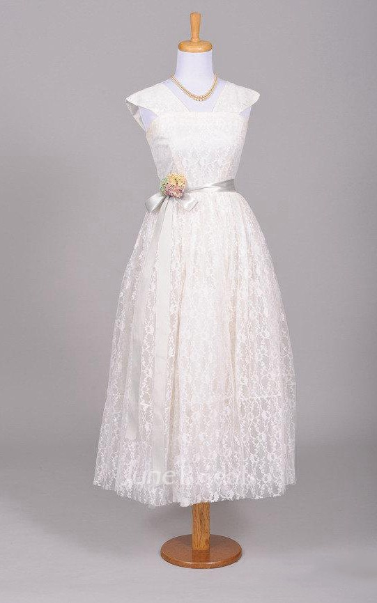 1950 Lace Embroidered Vintage Wedding Dress June Bridals