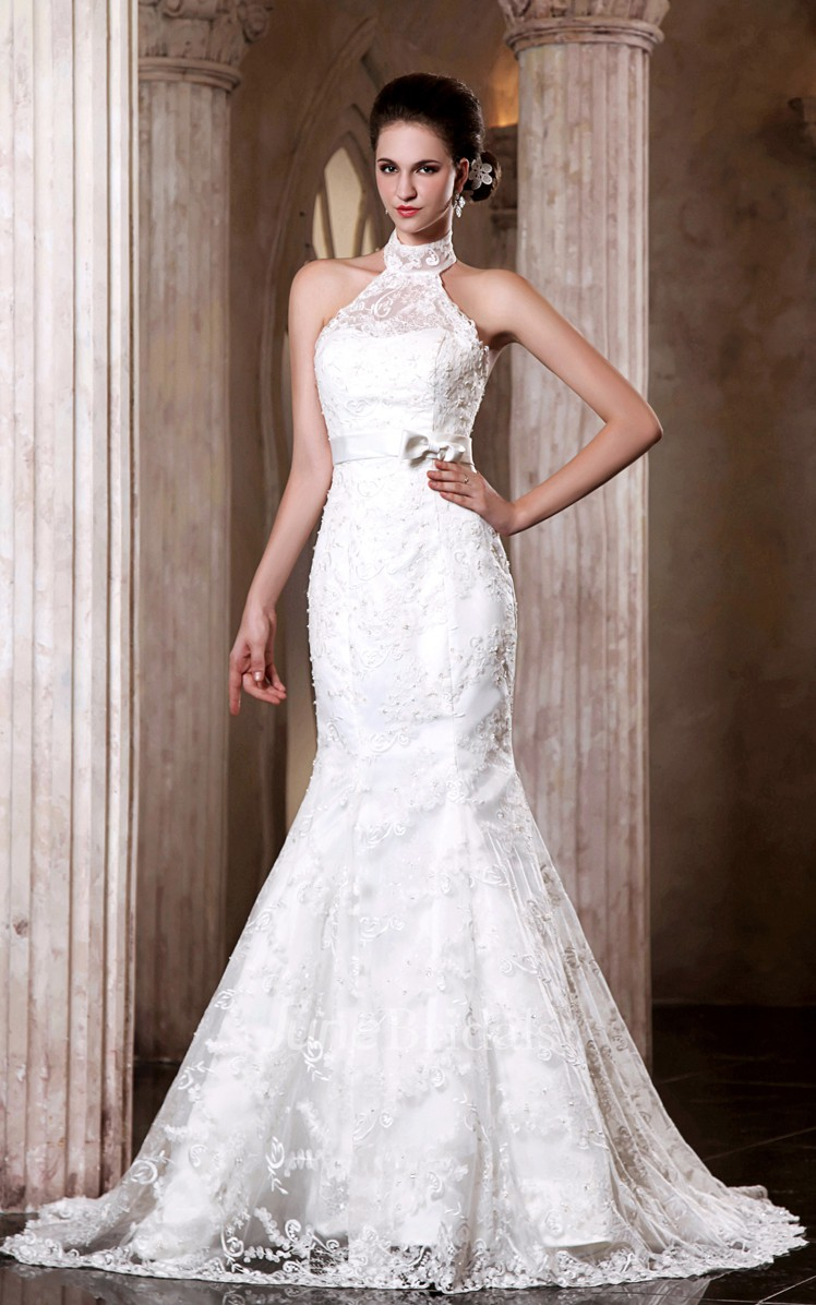 Adorable sleeveless siren elegant dress with bowed sash for Around the neck wedding dresses