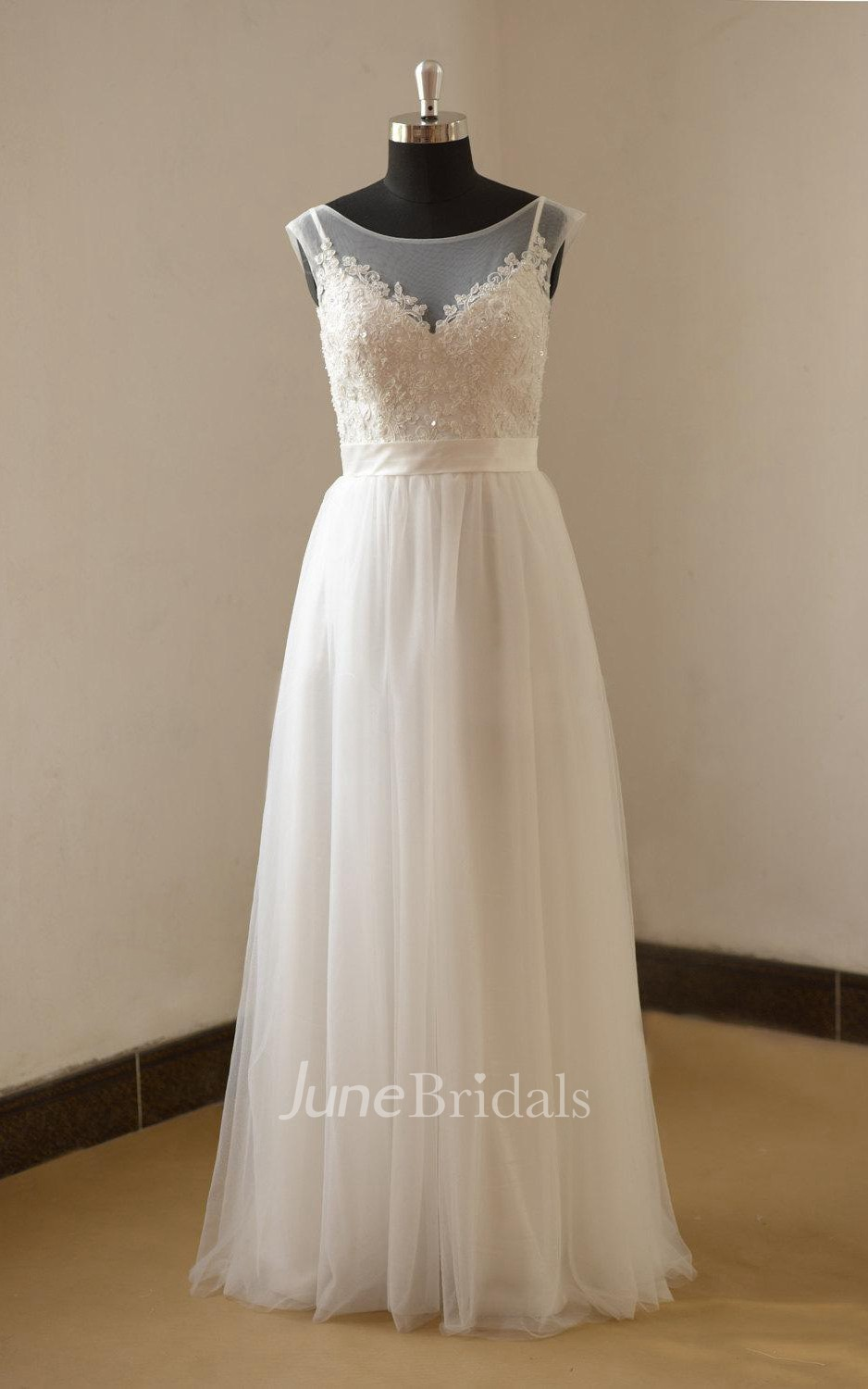 A Line Tulle Bateau Neck Cap Sleeve Wedding Dress With