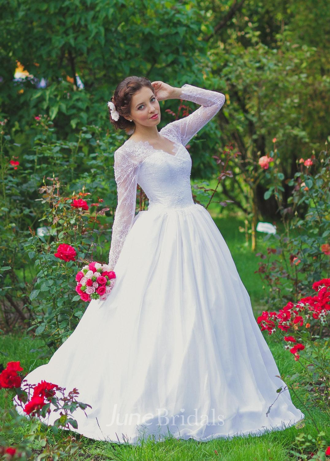 Vintage inspired long lace sleeves tulle wedding dress for Lace sleeve corset wedding dress