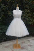 Short Knee-Length Tulle Lace Dress With Beading Keyhole Back