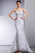 Siren Sweetheart Sleeveless Embellished Exquisite Gown With Lace