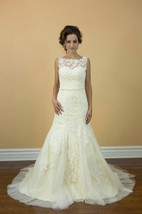Boat Neck Sleeveless Mermaid Lace Wedding Dress With Beading