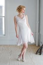 Scalloped Neck Sleeveless Backless A-Line Short Lace Wedding Dress