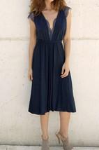 Cap-Sleeve Knee-length V-Neck Jersey Dress