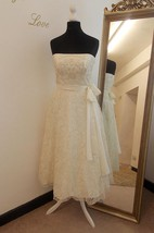 Tea-Length Tulle Lace Weddig Dress With Beading
