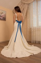 Mermaid Tulle Lace Satin Weddig Dress With Button