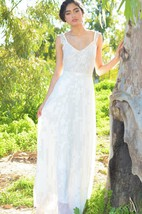 V-Neck Sleeveless A-Line Chiffon Wedding Dress With Lace Bodice
