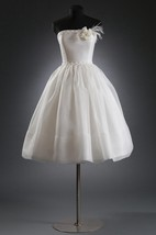 Tea-Length Organza Wedding Dress With Flower and Beading