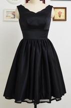 Mini Knee-length V-neck Dress