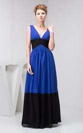 Two-Tone Chiffon Plunged Maxi Dress with Pleats