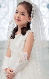 Princess Crown Flower Applique Tulle Flower Girl Veil Accessories