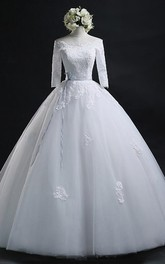 Scoop Ball Gown Bateau Long Tulle Wedding Dress With Lace