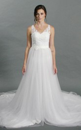 V-Neck Sleeveless Lace Top Tulle Bottom A-Line Wedding Dress With Train