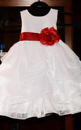 Sleeveless Scoop Neck Organza&Satin Dress With Flower&Illusion