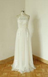 Spaghetti Neck A-Line Floor-Length Tulle Wedding Dress With Appliques
