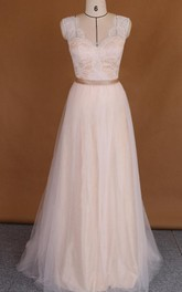 V-Neck Tulle Lace Satin Weddig Dress With Appliques