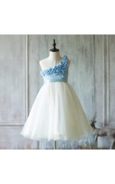 2018 Off White Flower Neck Rosette One Shoulder Tulle Dress With Pleats