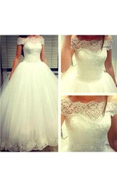 Off-the-shoulder Scalloped Neckline Tulle Ball Gown With Lace Bodice