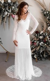 Sexy Sheath V-neck Long Sleeves Pleat Wedding Dress with Sweep Train