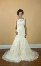 Boat Neck Sleeveless Mermaid Lace Wedding Dress With Beading