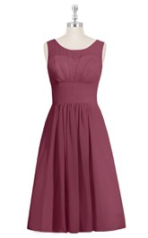 Sleeveless A-Line Chiffon Dress With Scoop Neckline and Ruching