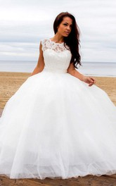 Ball Gown Bateau Sleeveless Tulle Dress With Deep-V Back