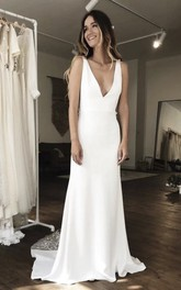 Simple Sleeveless Plunging Stain Gown With Illusion Deep V-back And Lace
