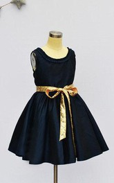 Sleeve Scoop Taffeta Dress With Sequins Sash