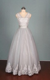 V-Neck Tulle Lace Satin Weddig Dress