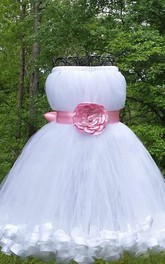 Sleeveless Sleeve Tulle Dress With Flower&Sash Ribbon