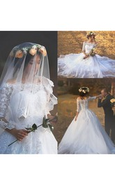 Romantic Off Shoulder Illusion Half Sleeve Button Back Appliques Lace Bridal Gown