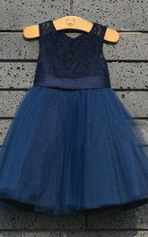 Tulle&Lace Dress With Satin Belt and Pleats