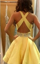 Lovely Yellow Criss-Cross Back Homecoming Dress 2018 Short Chiffon With Crystal