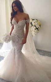 Trumpet Court Train Off-the-shoulder Lace Wedding Dresses