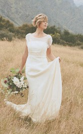 Belle Crinkle Low Back Wedding In Dark Ivory Size 10 Dress
