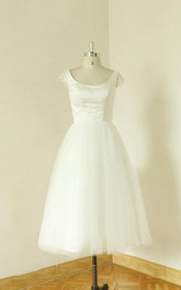 Jewel Neck Cap Sleeve A-Line Tea-Length Tulle Wedding Dress