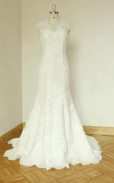 Scalloped Cap Sleeve Keyhole Back Sheath Long Lace Wedding Dress