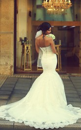 Sexy Sweetheart Sleeveless Mermaid Wedding Dress With Lace Appliques