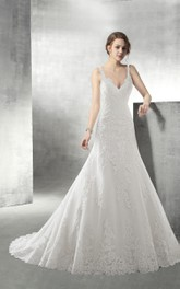 Strappy V Neck Backless Lace Floor Length Wedding Dress