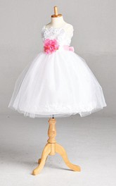 Spaghetti Strapped Pleated Flower Girl Communion Dress With Flower Belt