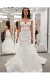 Lace Applique Strap Pleated Lace Gown With Open Back Style