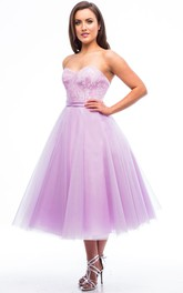 Tea-Length A-Line Sweetheart Sleeveless Appliqued Tulle Bridesmaid Dress