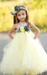 Halter Neck Flower Bust Pleated Tulle Dress With Sash Ribbon