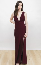 Sexy Plunging Neckline And Deep V-back Sleeveless Burgundy Dress With Front Split