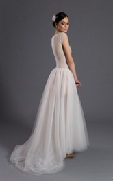 Scoop Neck Cap Sleeve A-Line Tulle Wedding Dress With Appliques