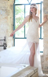 Spaghetti V-Neck Short Tulle Wedding Dress With Lace Appliques