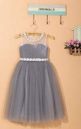 Sleeveless Flower Neckline Tulle Dress With Keyhole