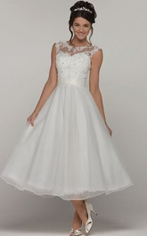 A-Line Tea-Length Scoop-Neck Sleeveless Organza Wedding Dress With Appliques And Keyhole