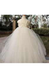 Hot Sales Cap Sleeve Pleated Tulle Gown With Floral Bodice